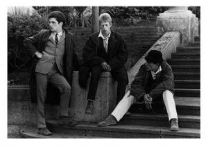 A090 - Quadrophenia reunion Signed 10x8 photo by MARK WINGETT
